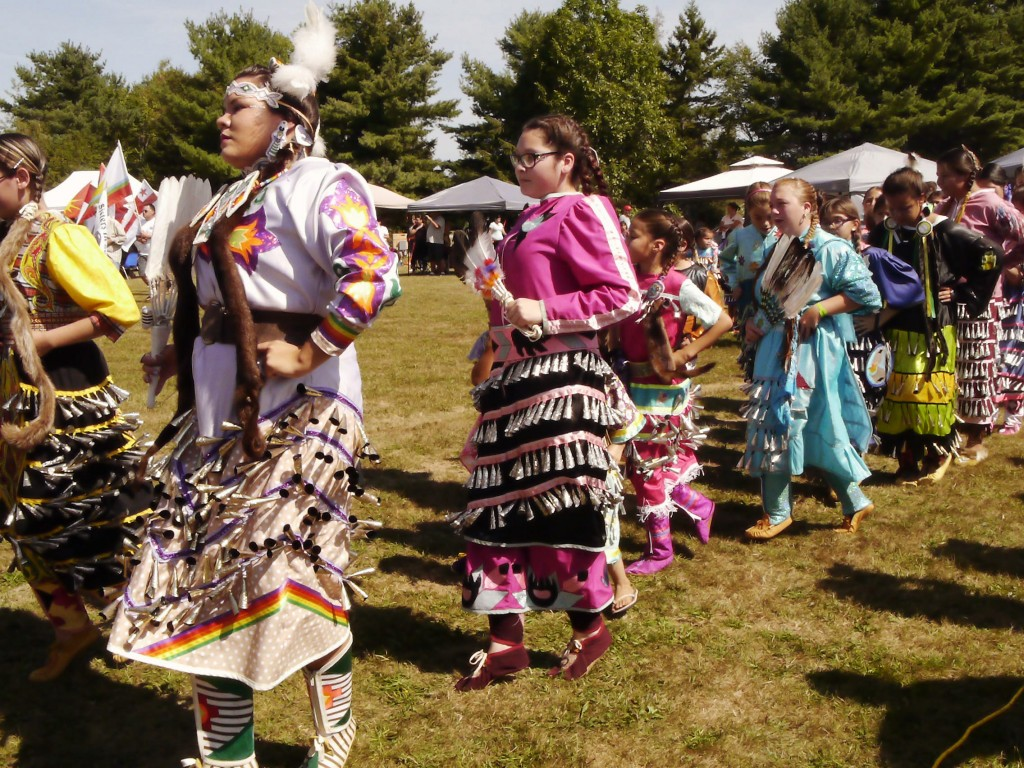 danseuses natives pow-wow